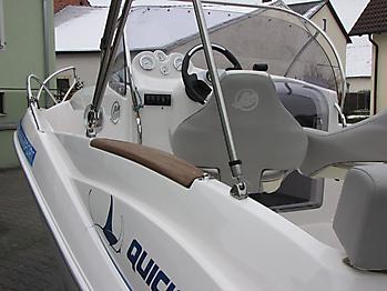 Bimini Quicksilver 555 WA Sonnenverdeck 13